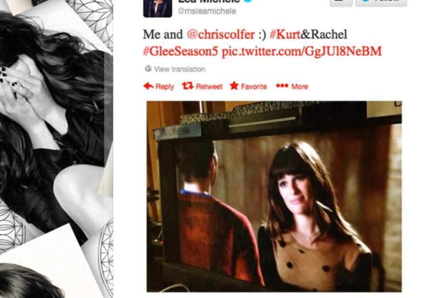 Lea Michele se regarde dans Glee