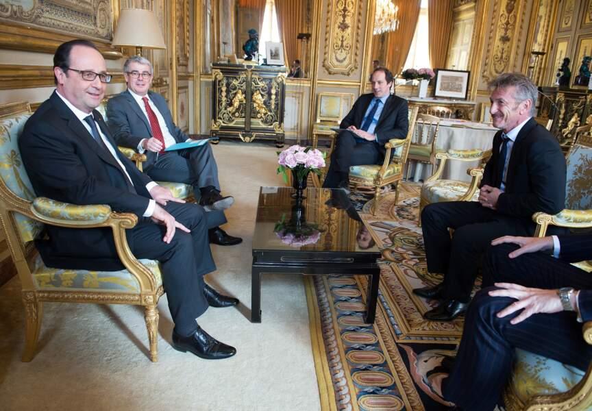 Entretien entre Sean Penn et François Hollande