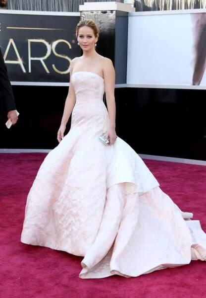 Jennifer Lawrence en Dior couture aux Oscars en 2013