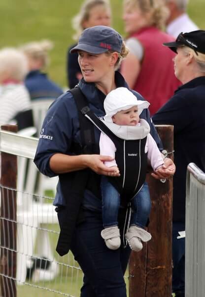 Mia, la fille de Zara Phillips et Mike Tindall (née le 17 janvier 2014)