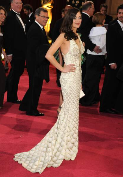Marion Cotillard en 2008 en Jean Paul Gaultier pour recevoir son Oscar de la meilleure actrice