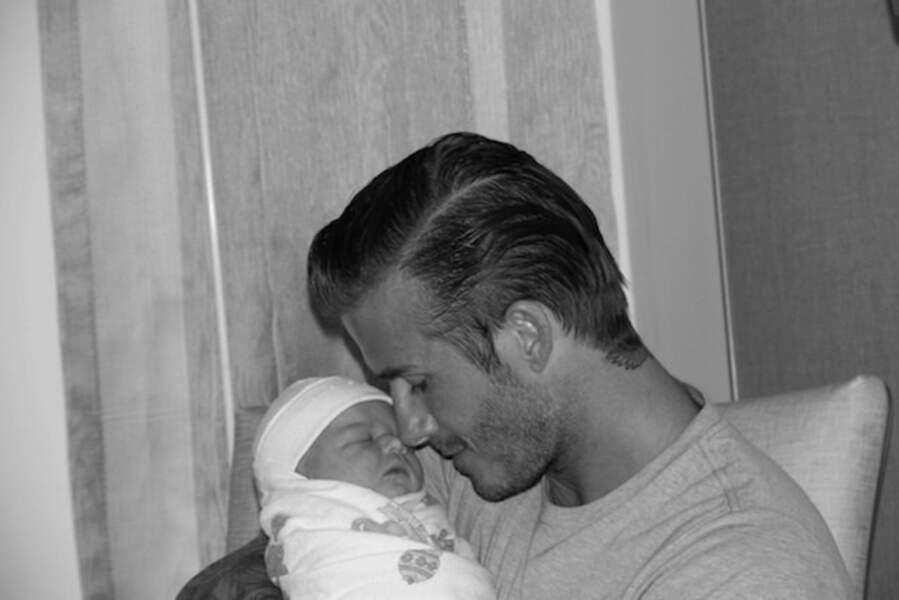 A la naissance d'Harper, David Beckham est déjà complètement fusionnel avec sa fille