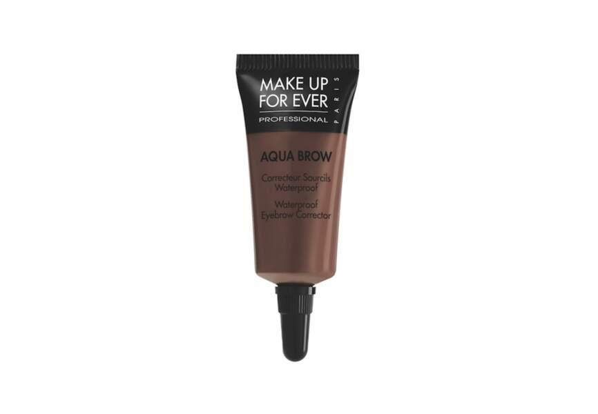 Make Up For Ever, Correcteur sourcils Aqua Brow #30 Châtain foncé, 20€