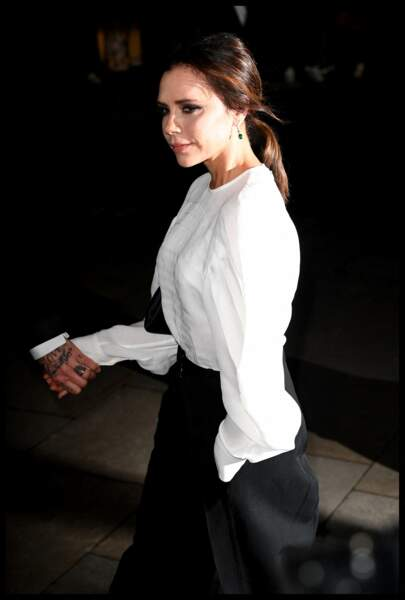 Victoria Beckham en mars 2019 a une coiffure fétiche : la queue de cheval