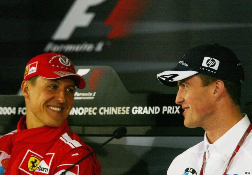 Sur les circuits, Michael peut compter sur la présence de son frère Ralf, lui aussi pilote