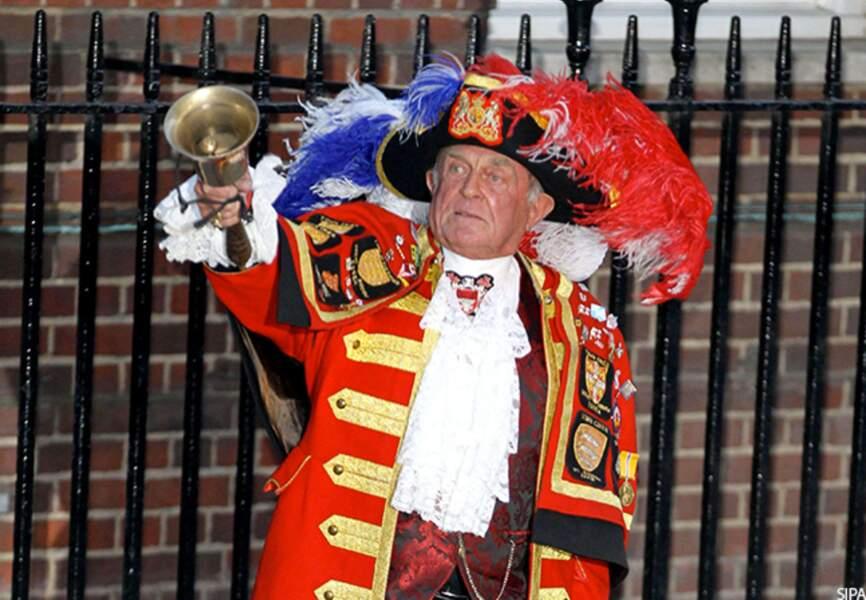 Tony Appelton, le crieur de rue choisi pour annoncer la naissance du Royal Baby Boy