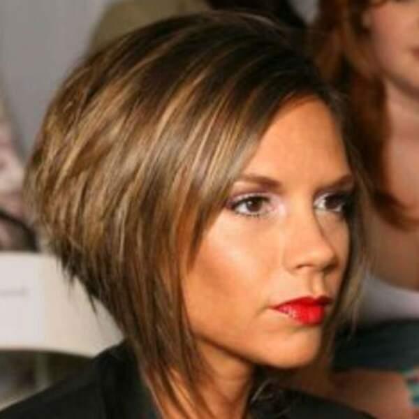 Victoria Beckham : Son carré plongeant, tout aussi fameux