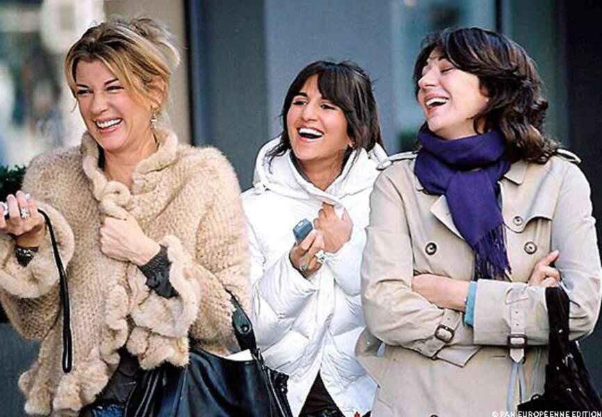 Avec Michèle Laroque et Géraldine Nakkache dans Comme t'y es belle!