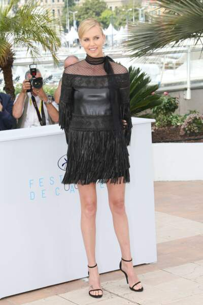 Charlize Theron en Valentino