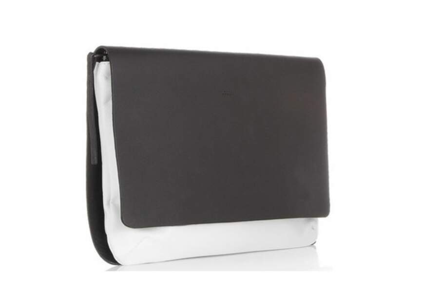 Joseph – Pochette en cuir bicolore – 295€