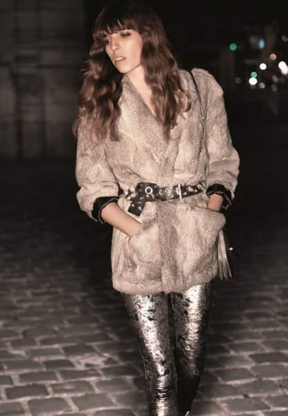 Fausse-fourrure et legging glitter
