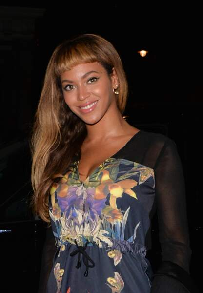 Beyoncé arbore une frange courte