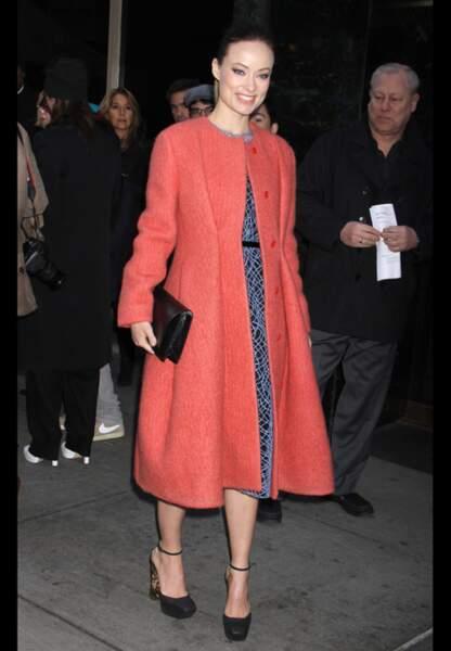 Olivia Wilde, douceur pastel pour Calvin Klein