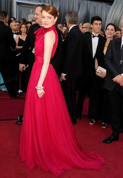 Emma Stone en Giambattista Valli en 2012 aux Oscars