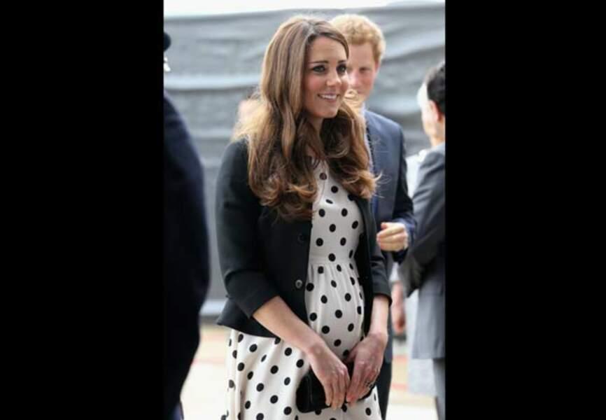 Le royal baby-bump prend de l'ampleur