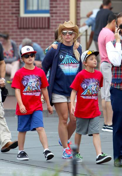 Britney Spears et ses enfants à Disneyland