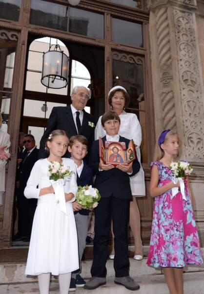 Macha Méril et Michel Legrand étaient entourés à la sortie de l'église