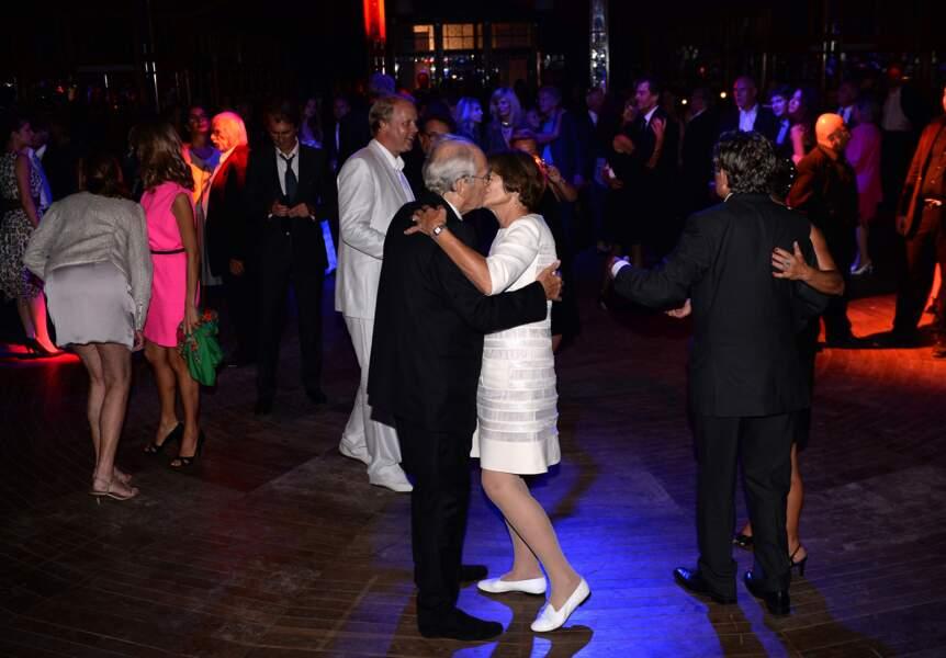 À une heure du matin, Macha Méril et Michel Legrand ouvrent le bal