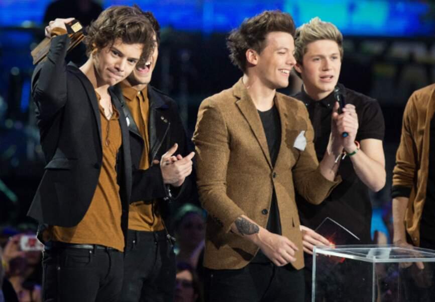 Les One Directions, avec Harry Styles en tête décrochent le titre de groupe International de l'année