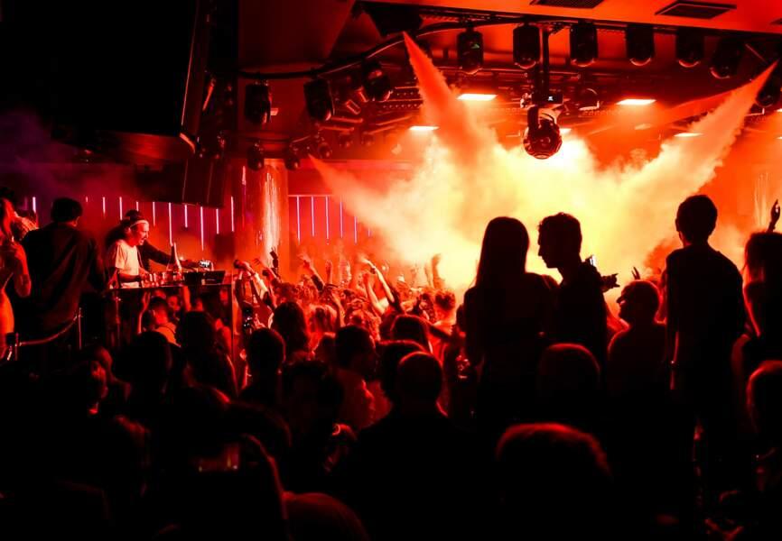 1 000 privilégiés ont pu assister au set exclusif du DJ français numéro 1 dans le Monde