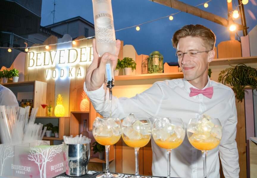Une carte de cocktails exclusifs à base de vodka Belvedere est proposée chaque jour