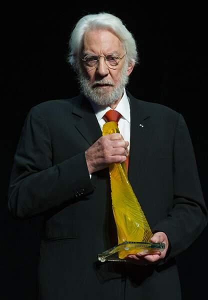 Donald Sutherland et sa nymphe de cristal