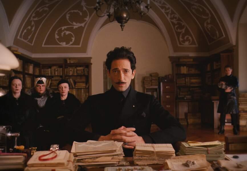 Adrian Brody est Dimitri, le fils de Madame D.