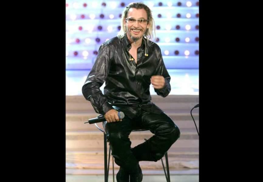 Total-look cuir pour le bariton rock