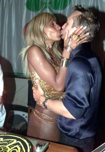 Cathy et David Guetta en 2000. Le couple est déjà marié depuis 1992 mais il débute sa carrière à Ibiza.