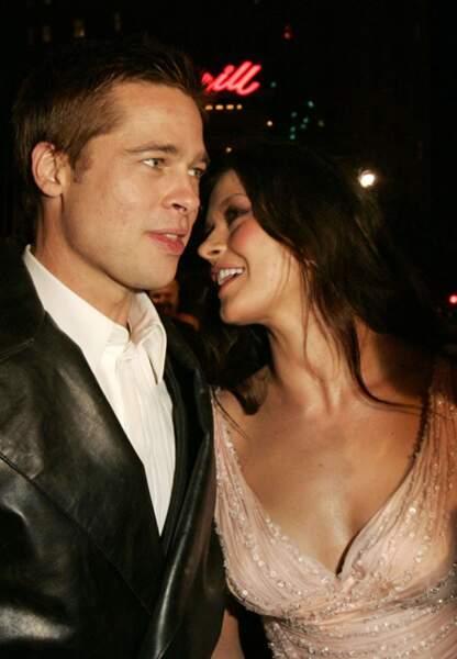Brad Pitt et Catherine Zeta-Jones sur le tapis rouge de Ocean's Twelve en 2004