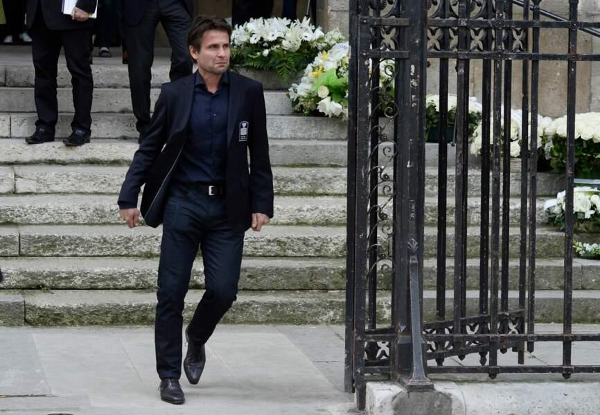 Très ému, l'ancien joueur de tennis Fabrice Santoro à la sortie de la basilique
