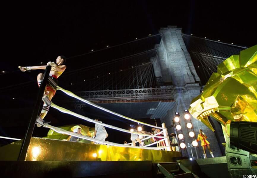 Katy Perry avait installé un ring au pied du pont de Brooklyn