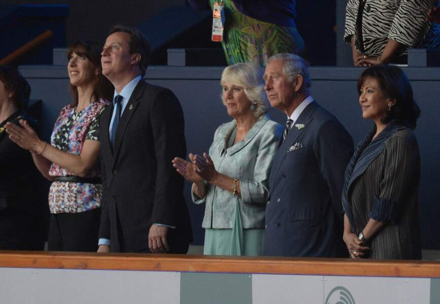 James Cameron & Prince Charles dans la tribune officielle
