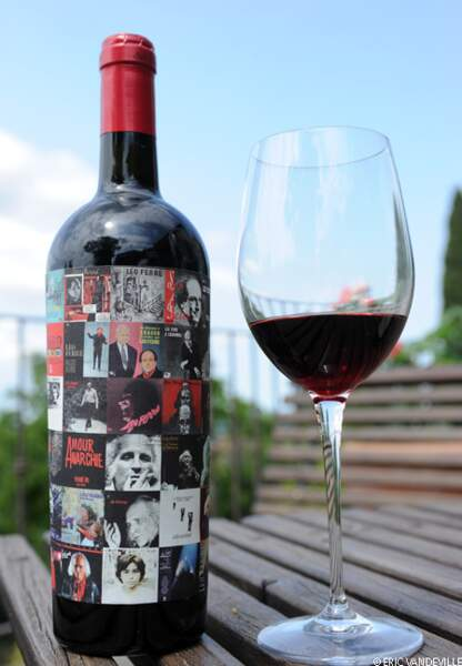 Une bouteille en hommage à Léo