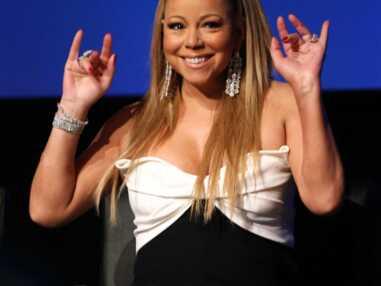 Mariah Carey porte la robe Valentino de Jennifer Aniston
