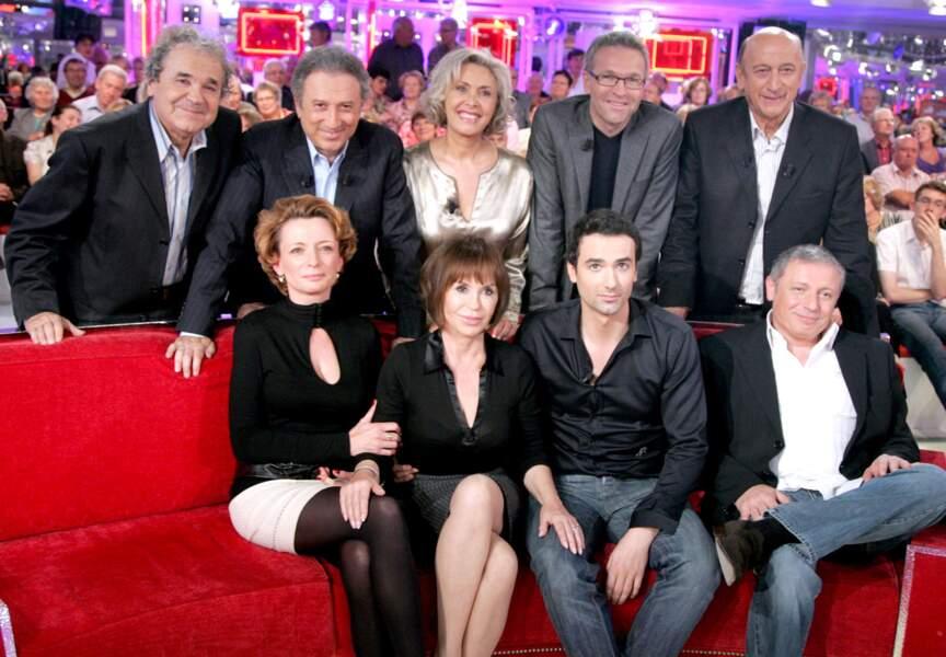 Encore à Vivement Dimanche. Aux côtés de Danièle Evenou, Laurent Ruquier, Sophie Garel et Pierre Bonte ses enfants