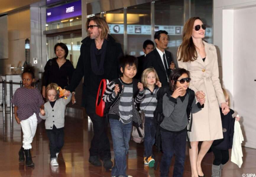 La famille Pitt Jolie au grand complet à Tokyo en 2011