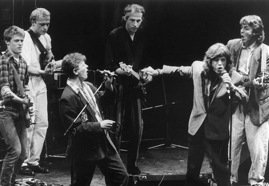 Mick Jagger sur scène avec David Bowie (et Paul McCartney)