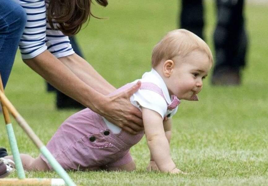 Le prince George découvre la passion de son père au polo
