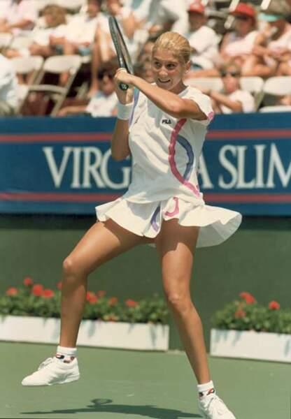 En 1990, Monica Seles rafle tout et séduit avec son look frais