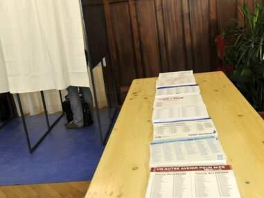 Gala.fr - Les politiques votent pour le 1er tour des Municipales 2014