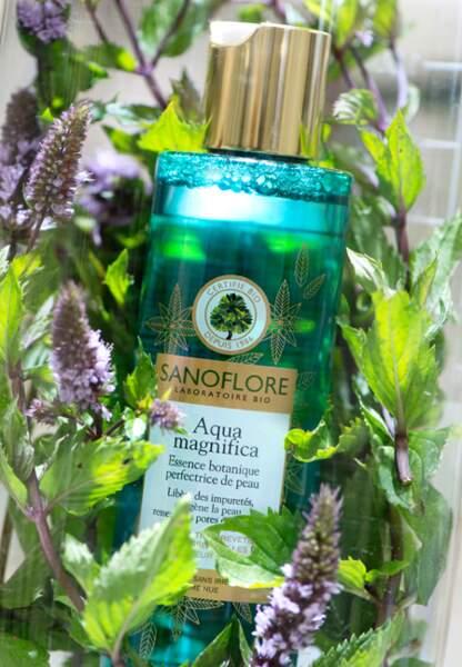 Le secret de cette lotion ? Un packaging punchy et un parfum agréable de cologne fraîche.
