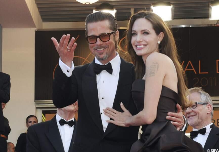Brad Pitt et Angelina Jolie montent les marches du festival de Cannes pour The tree of life, en 2011