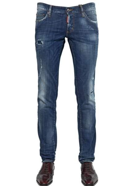 Dsquared, Jeans en denim stretch délavé coupe slim, 395€