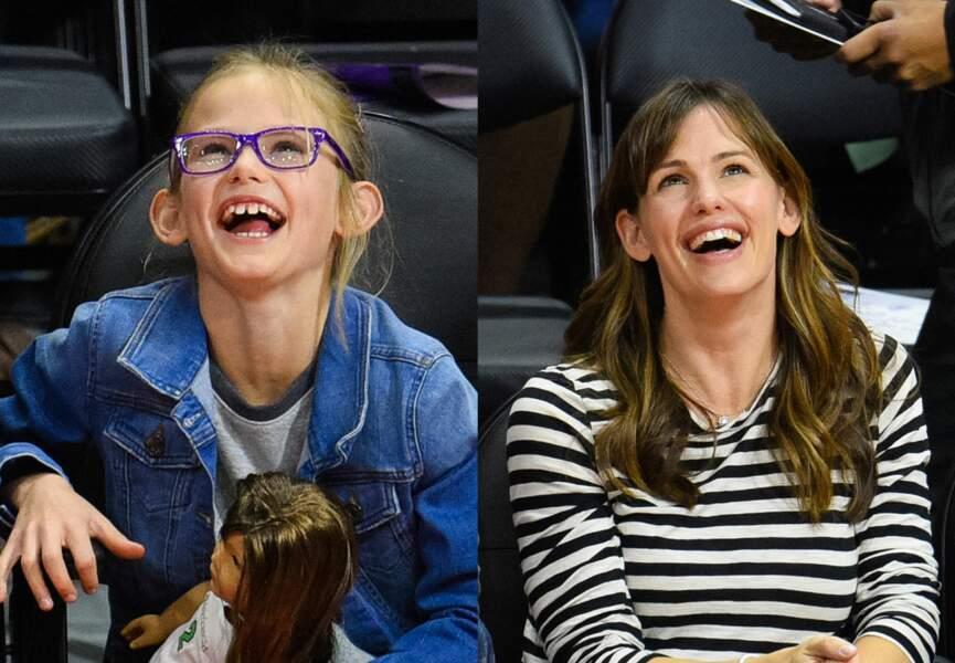 Violet et Jennifer Gardner se ressemblent comme deux gouttes d'eau