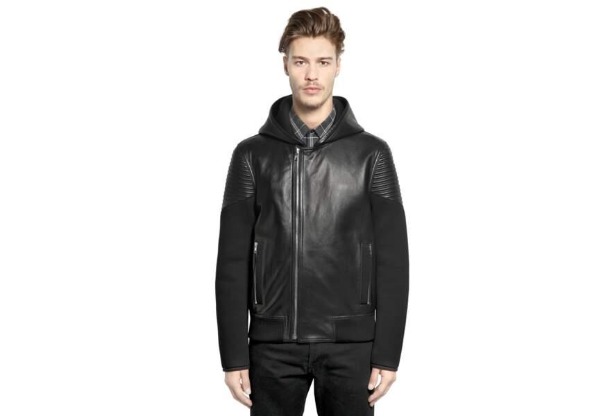 Givenchy, veste bomber à capuche en cuir et néoprène, 1950€