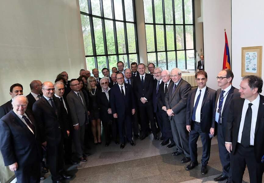 Les personnalités politiques et culturelles réunies pour la commémoration