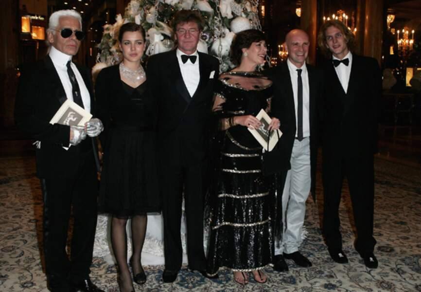 Lors des Nijinsky Awards, avec Karl Lagerfeld, Charlotte, Ernest-Auguste, Caroline de Monaco