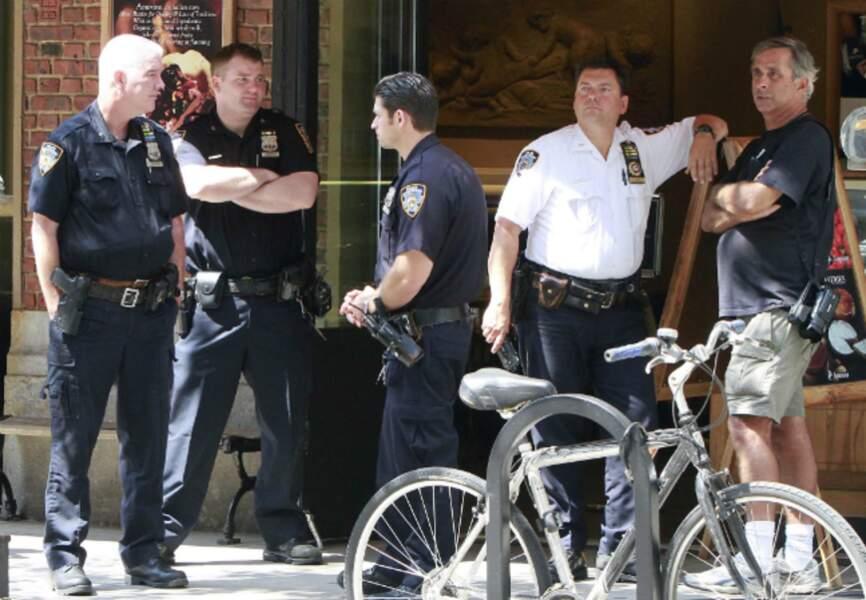 Les policiers interviennent