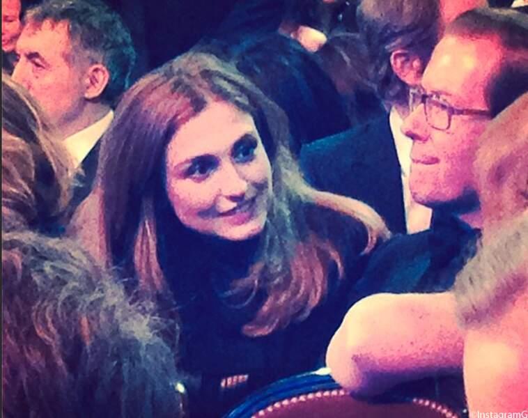 Julie Gayet est venue, évitant l'incident politique